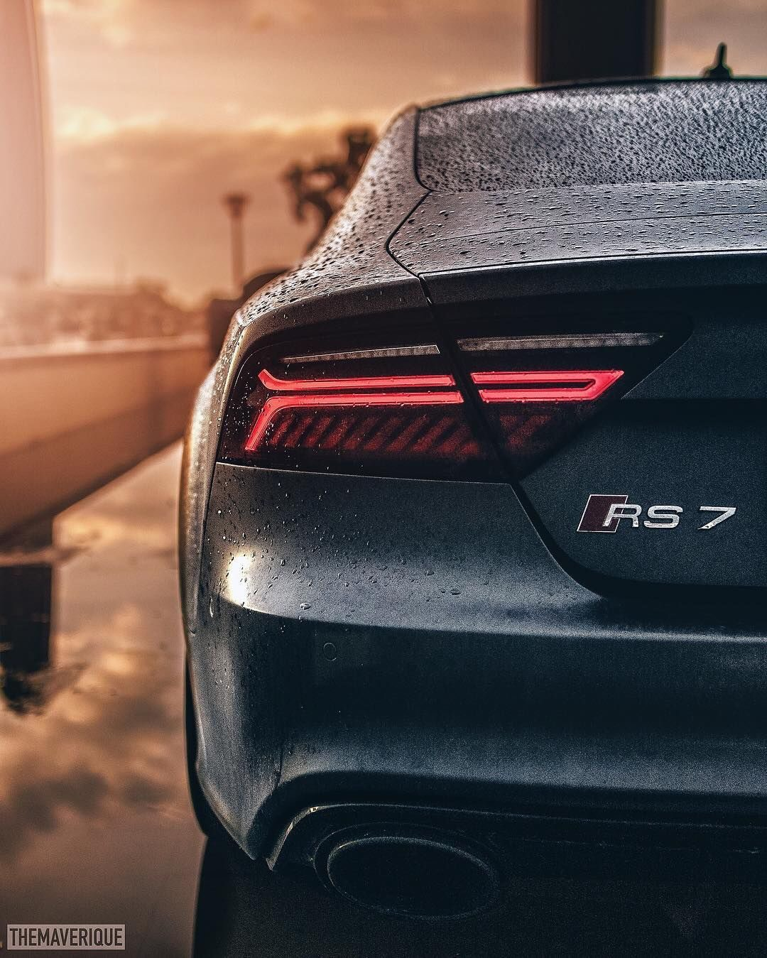 #Audi RS7 Wallpaper