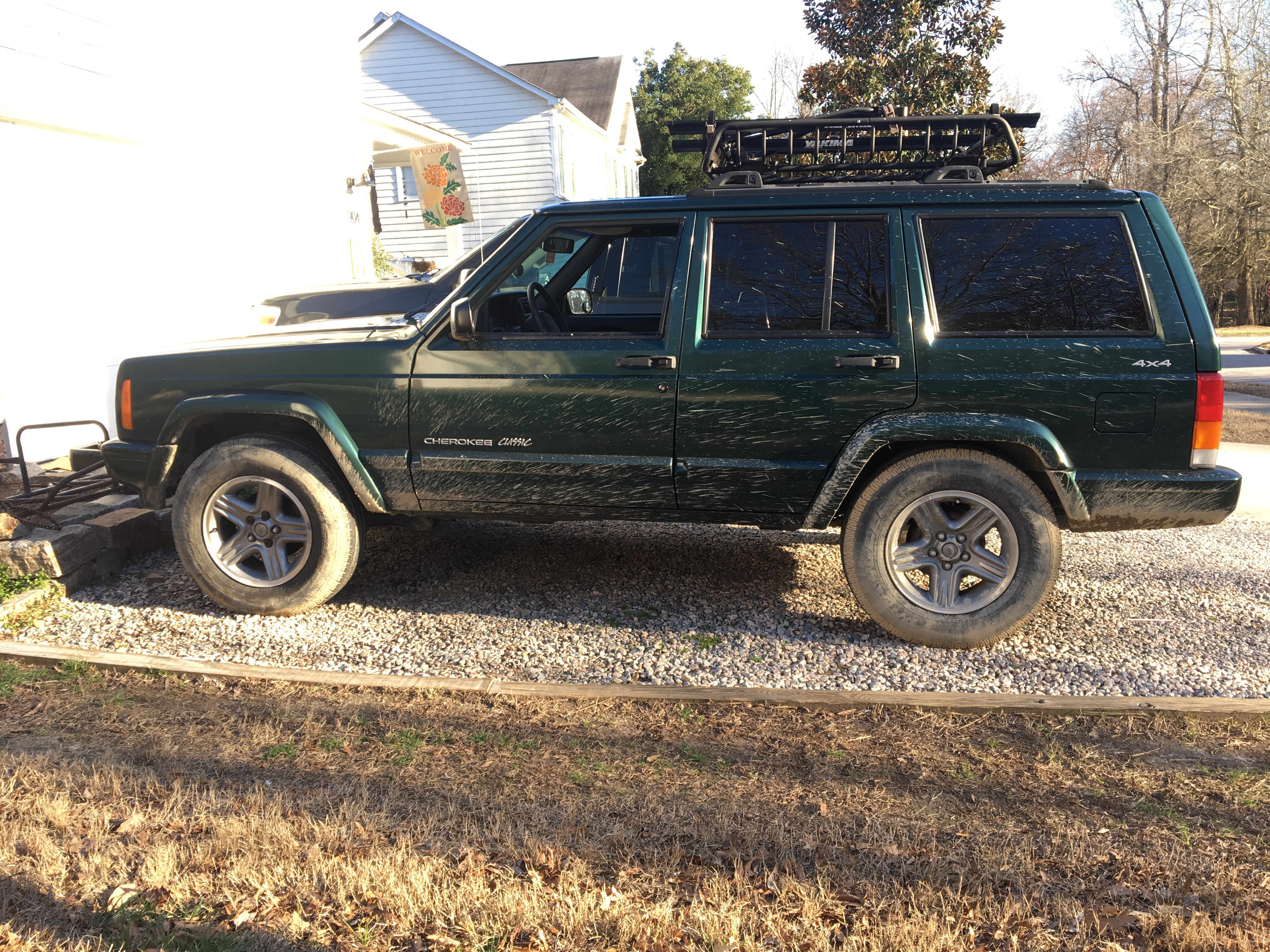 Jeep Cherokee Forum >> A Little Mud
