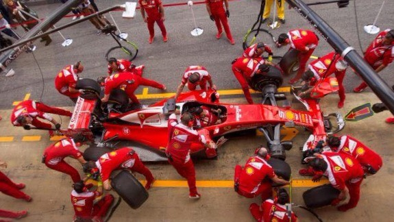 Ferrari pit stop wallpaper
