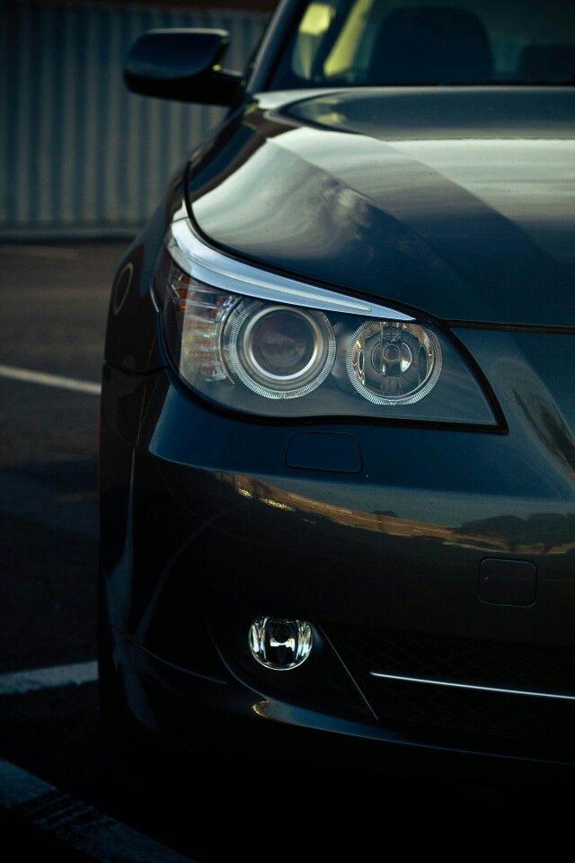 BMW 5-series phone wallpaper