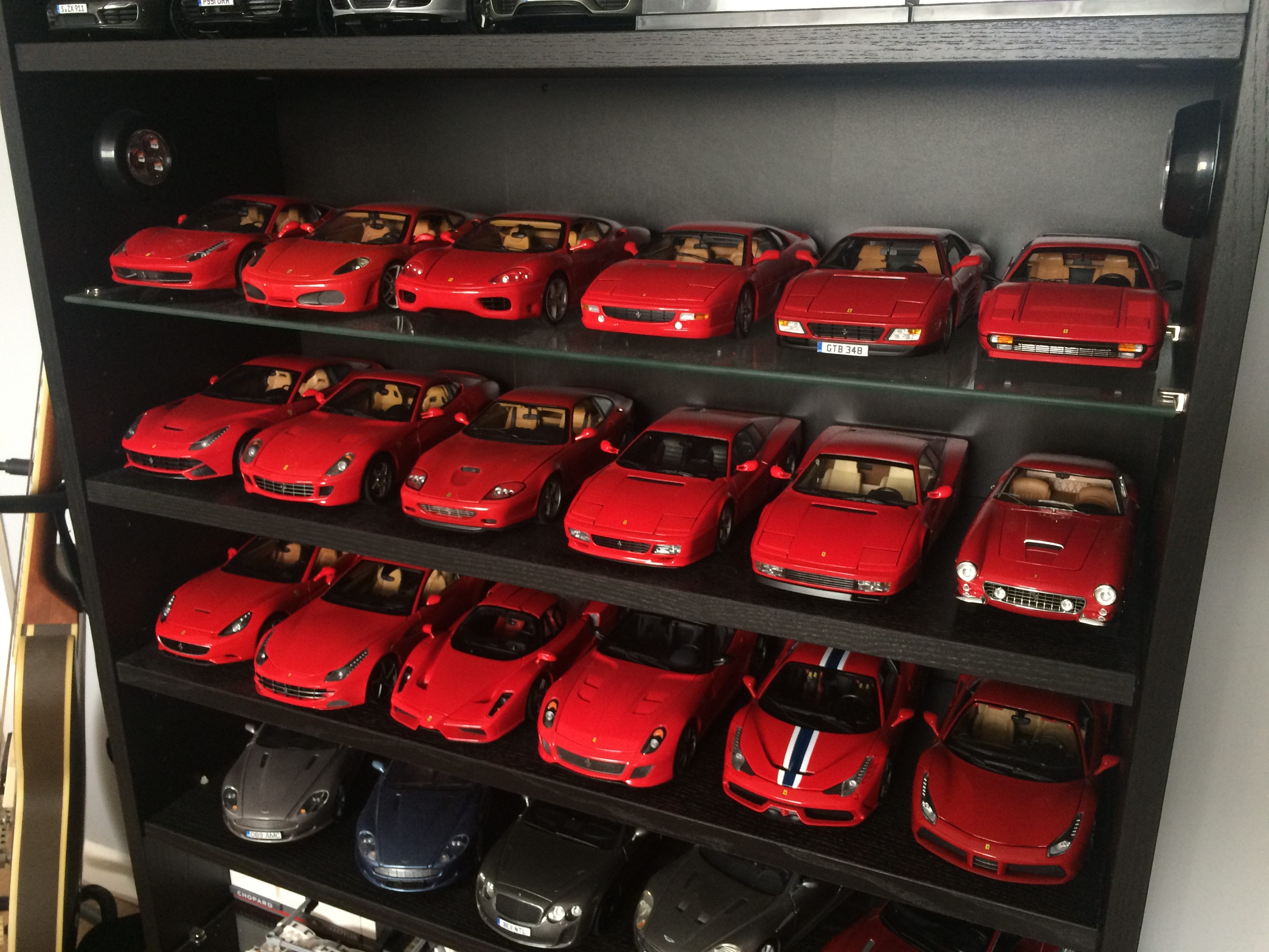 aadc047a9f Current 1 18 Ferrari collection