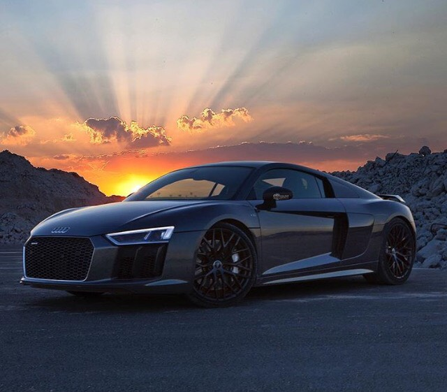 Audi Car Wallpaer: Audi R8 Wallpaper