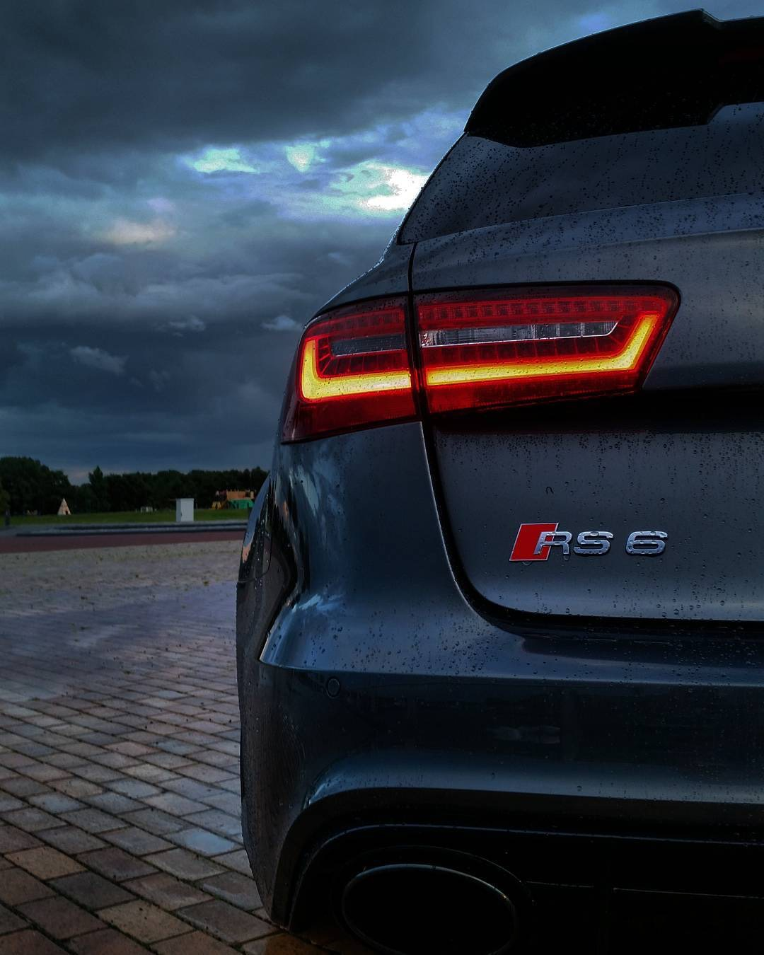 audi rs6 phone wallpaper.