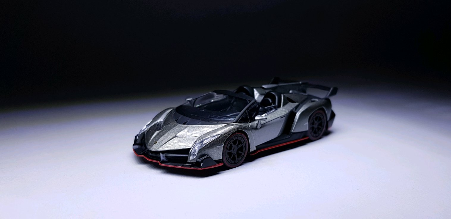 Kyosho 1 64 Lamborghini Veneno Roadster Not Really Into The Design Of This Car But Cant Pass On It Since I Got For A Good Price