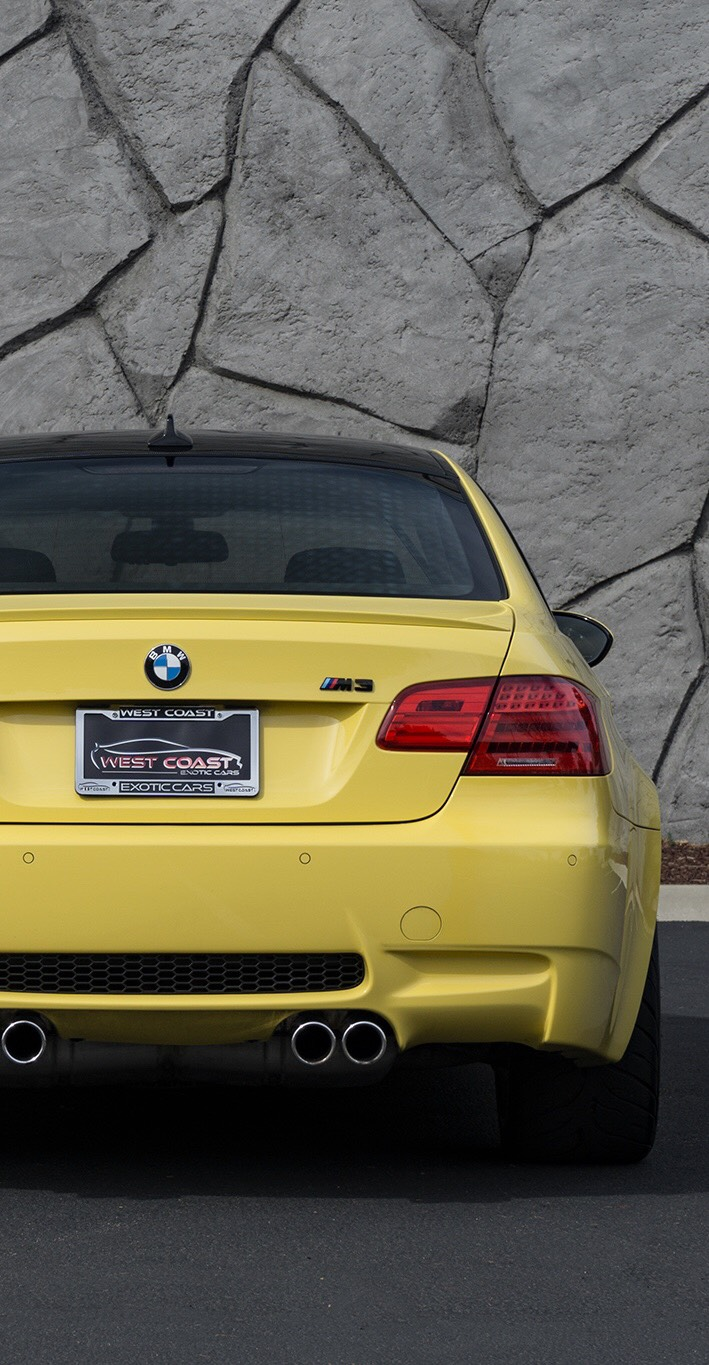 A Bmw M3 E92 Phone Wallpaper For The V8 Lovers